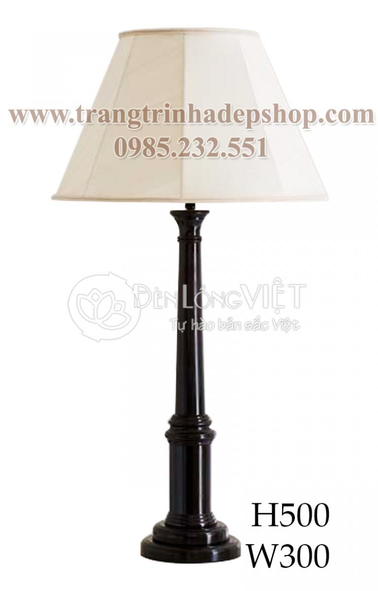 Đèn để bàn chân đế gỗ mẫu 143