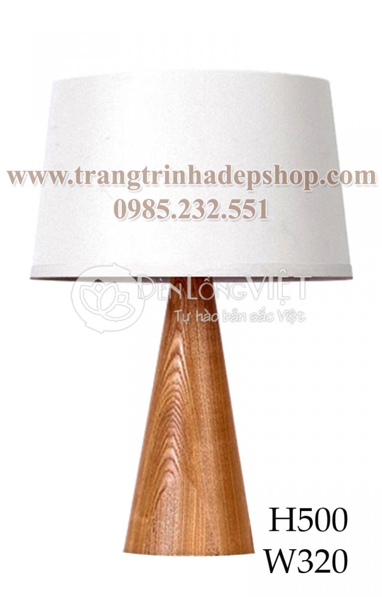Đèn để bàn chân đế gỗ mẫu 149