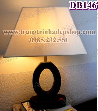 Đèn để bàn chân đế gỗ mẫu 187