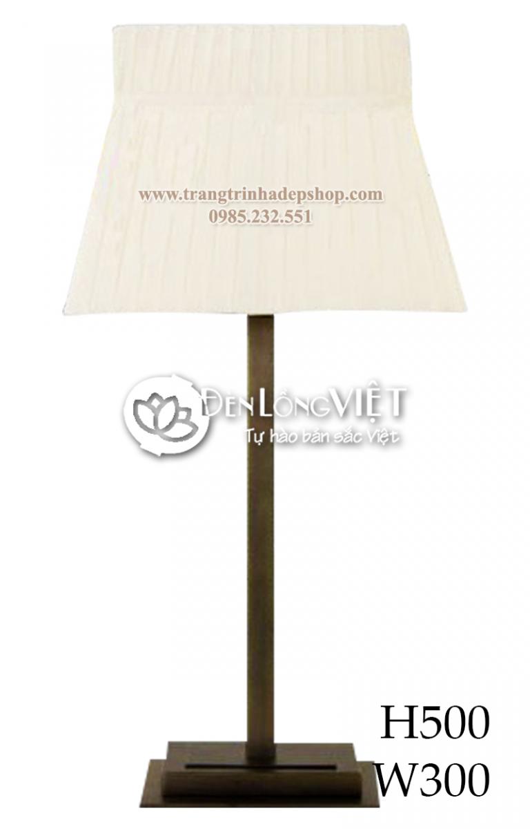 Đèn để bàn chân đế sắt, inox mẫu 01