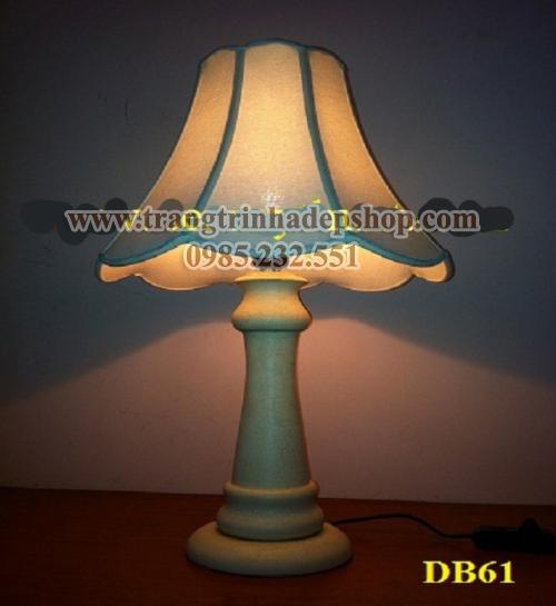Đèn để bàn chân đế sắt, inox mẫu 15