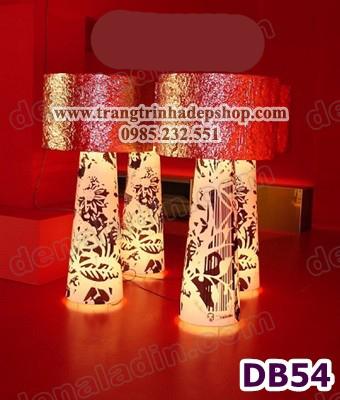 Đèn để bàn chân gốm sứ mẫu 20