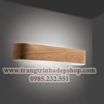 Đèn ốp tường khung gỗ mẫu 10