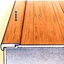 Ke mũi bậc cầu thang bằng gỗ HDF