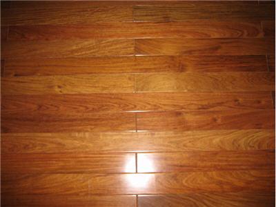 Sàn gỗ Giàng Hương Lào